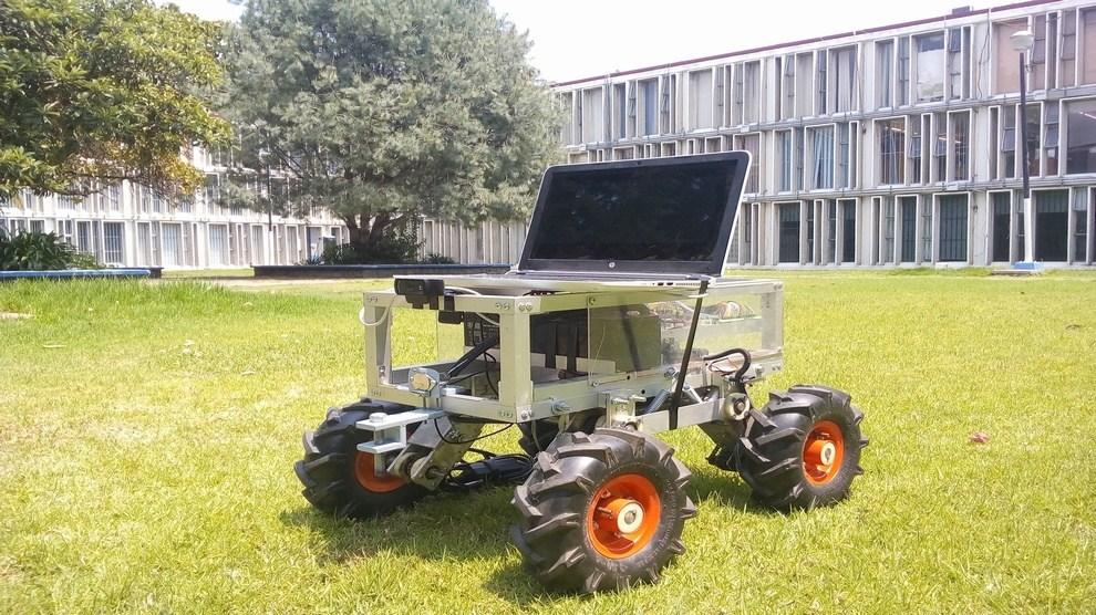 Robot agricultor mexicano