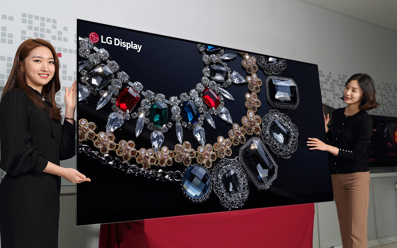 LG-Display-88-inch-8K-OLED-Display LG Smart TV de 88 pulgadas y 8K